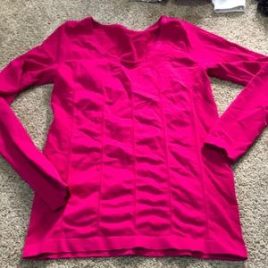 Fabletics long sleeve seamless workout top